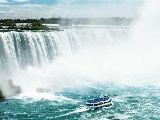 2-Day Niagara Falls, 1000 Islands Tour
