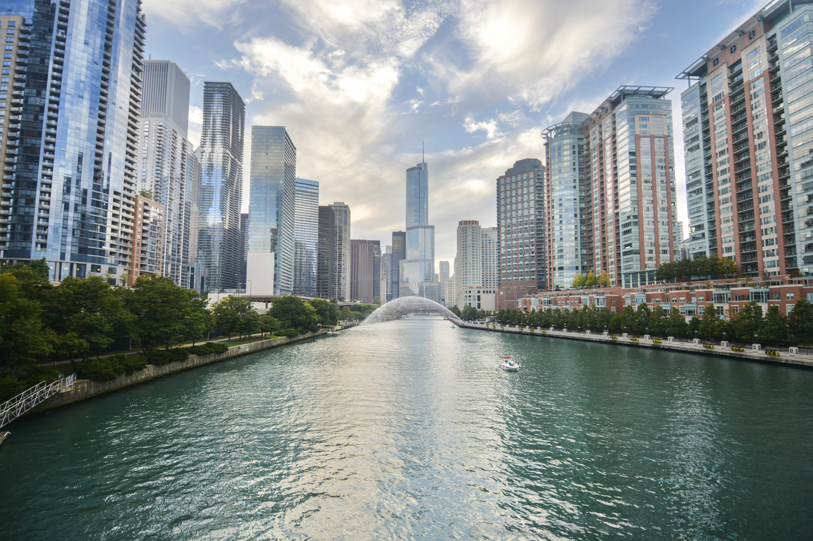 1-Day Chicago City Landmarks Tour