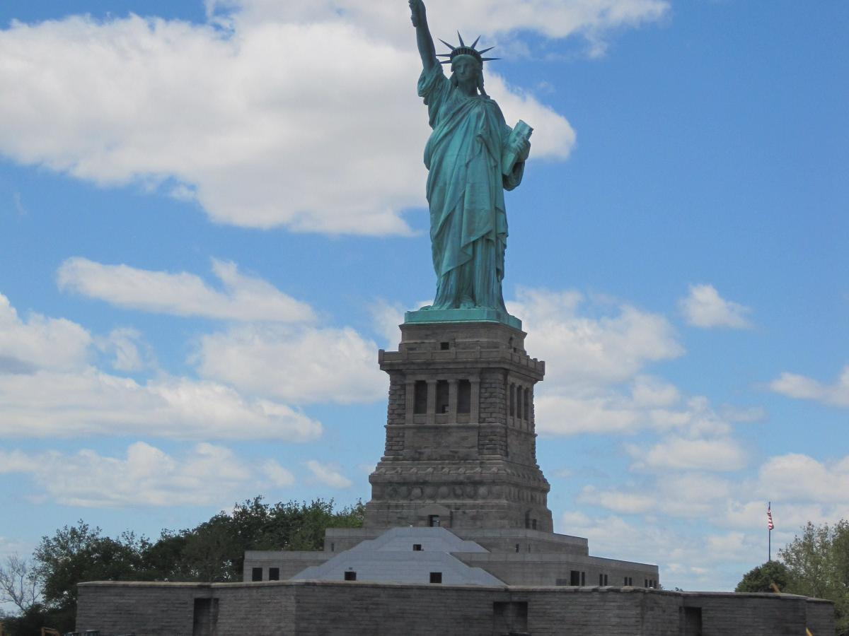 7-Day US East Deluxe shopping tour from New York with Airport Transfers  (private tour)