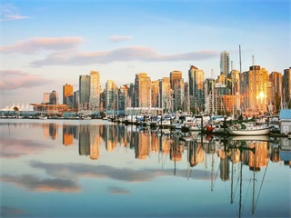 4-Day Victoria, Whistler or Vancouver Tour from Vancouver (Winter Tour)