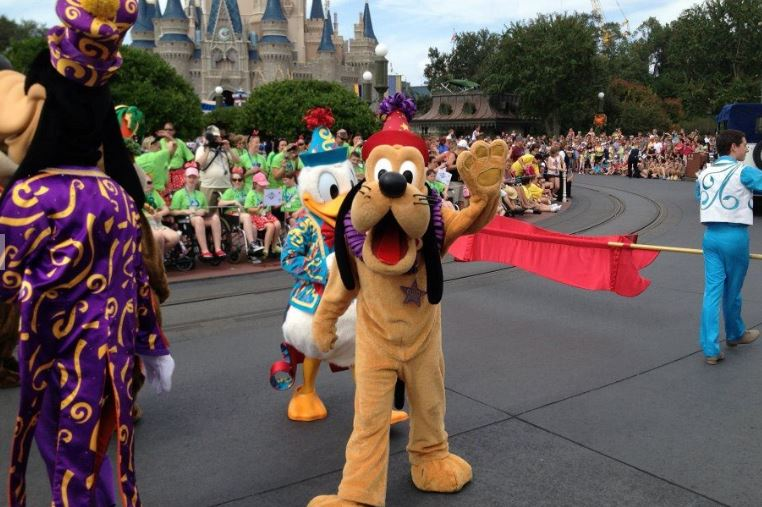 8-Day Orlando Theme Parks Package Including 6-Park Tickets (Airport In/Out) from Orlando