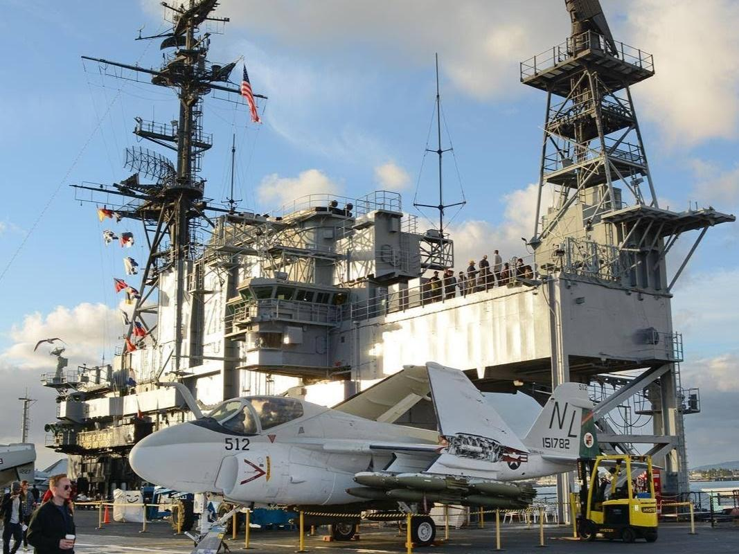 1-Day USS Midway and the San Diego Aircraft Carrier Museum Tour