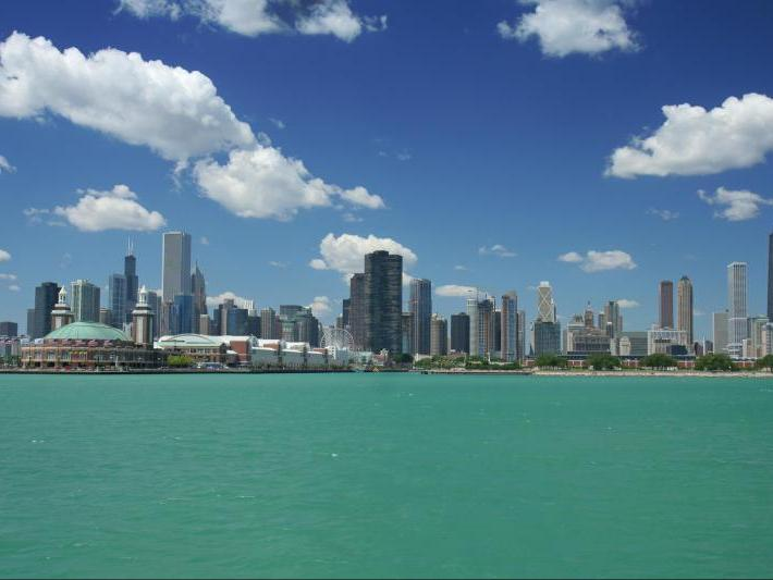 <center>Chicago Vacations</center>