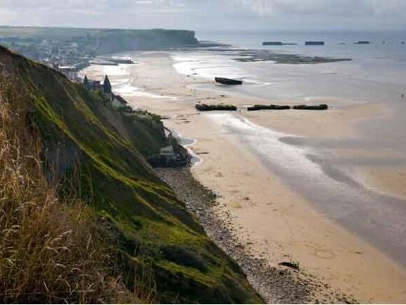 1-Day Normandy & Landing Beaches Tour from Paris
