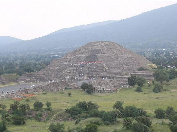 1-Day Hot Air Balloon at the Pyramids of Teotihuacan Tour from Mexico City