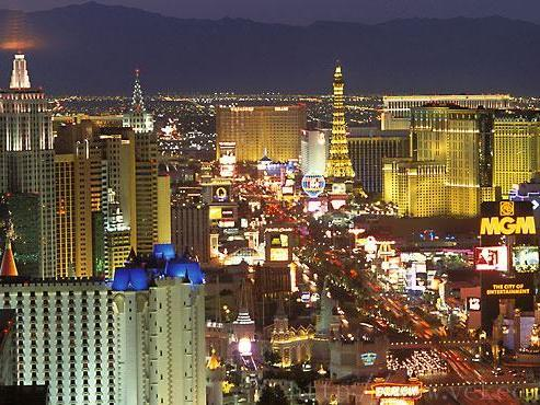 7-Day Grand Canyon, San Francisco, Monterey Tour Package from Las Vegas (LA Out) - 3 nights in Las Vegas