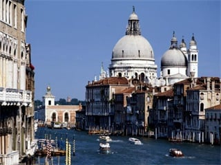 2-7 Day Rome, Florence, Genoa, Paris, Milan France and Italy Flexible Tour from Rome in English