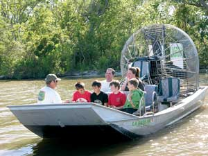 Airboat Swamp Adventure Tour from New Orleans