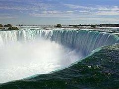 3-Day Niagara Falls, Toronto and Thousand Islands Tour from New York *Fully Guided*
