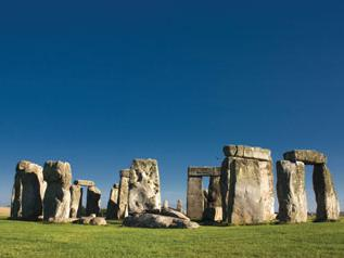 1 Day Stonehenge and Bath Tour from London