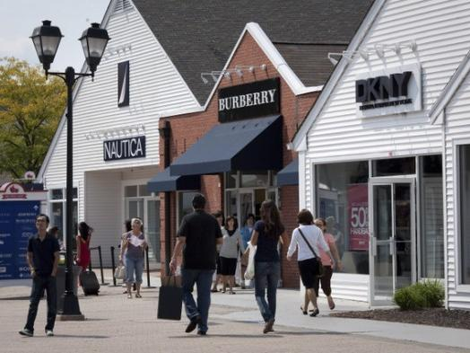 1-Day West Point Academy, Woodbury Outlets Shopping Tour From New York