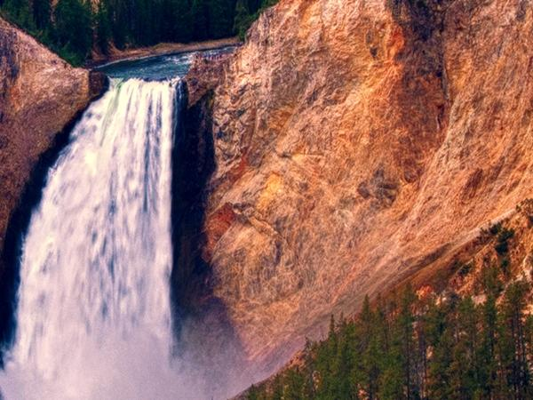 1-Day Yellowstone National Park Airplane Tour from Salt Lake City