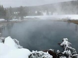 3-Day Yellowstone National Park Winter Tour From Salt Lake City