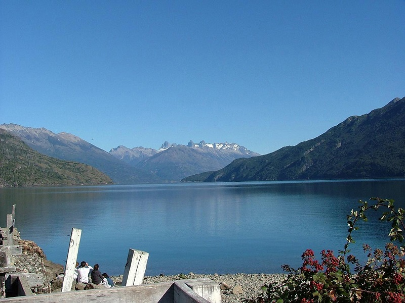 El Bolson & Puelo Lake Tour from Bariloche