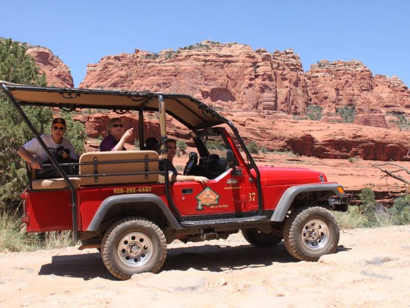 Old Bear Wallow Jeep Ride Tour from Sedona