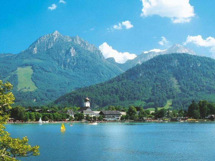 Salzkammergut/Lakes and Mountains Tour from Salzburg