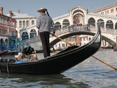 Gondola Serenade Regular Tour