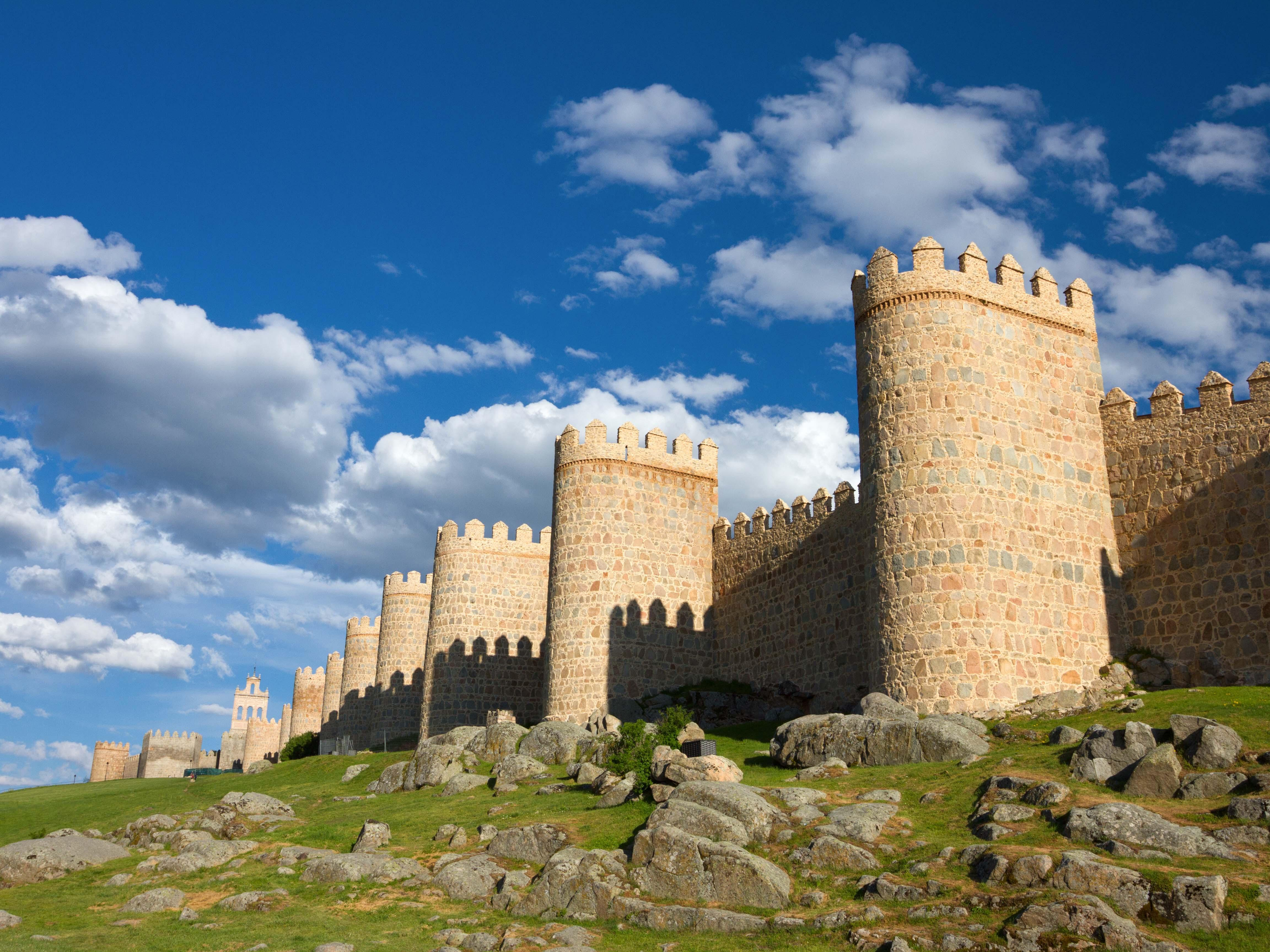 1-Day Avila & Segovia Tour from Madrid