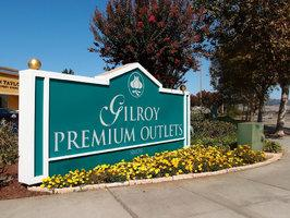 1-Day Gilroy Premium Outlets Shopping Tour from San Francisco