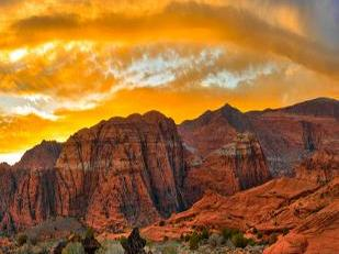 11-Day Yellowstone National Park Overnight, Grand Canyon West, Lake Powell, Bryce Canyon Tour from Los Angeles/LV, LA out
