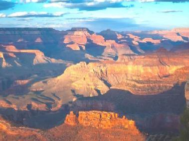 12-Day Yellowstone National Park Overnight, Grand Canyon West Tour from Los Angeles/LV