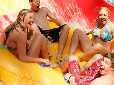 1-Day Montain Creek Waterpark Tour from New York