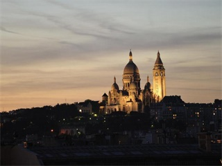 1 Day Montmartre & the Louvre Tour from Paris