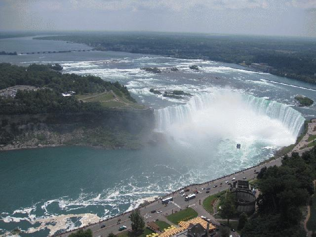11-Day Montreal, Ottawa, Quebec City, Prince Edward Island, Niagara Falls Tour from Toronto