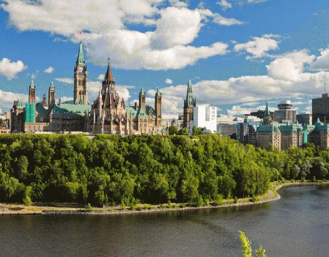 7-Day East Canada and Thousand Islands Essential Tour from Toronto
