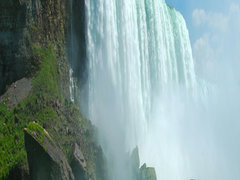 8-Day Montreal, Quebec, Ottawa, Bruce Peninsula, Overnight at Niagara Falls Tour from Montreal with Airport Transfer