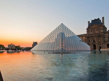 1 Day Panoramic Tour of Paris with Cruise from London