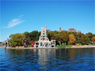 6-Day Toronto, Thousand Islands, Montreal, Quebec City, Ottawa, Niagara Falls Special Tour from Toronto