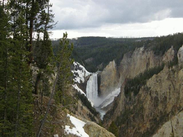 9-Day Yellowstone Overnight, East  & South Rim Grand Canyon, Antelope Canyon and Theme Park Tour from San Francisco
