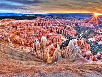 10-Day Yellowstone, Grand Teton, Antelope Canyon, Theme Parks Tour from San Francisco with Airport Transfer