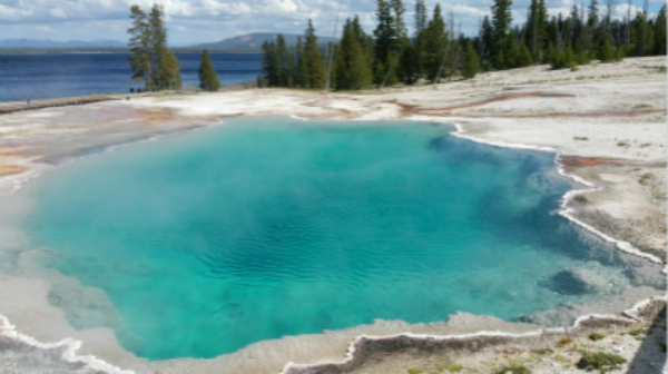 4-Day Yellowstone National Park, Spokane, Coeur d Alene Tour from Seattle