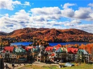 6-Day Montreal, Quebec, Niagara Falls and Thousand Islands Fall Color Special Tour from Toronto