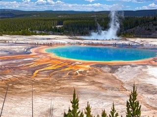 11-Day Yellowstone, Mt. Rushmore,Theme Park, Antelope Canyon, Grand Canyon Tour with Los Angeles Airport Transfers