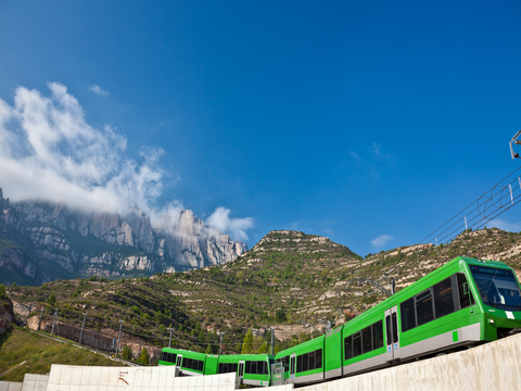 Monserrat Afternoon Tour with Cog-Wheel Train from Barcelona