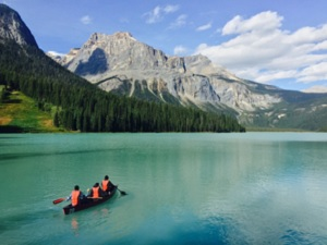 8-Day Victoria, Whistler and Canadian Rockies Winter Tour from Vancouver with Airport Transfer