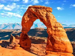 11-Day Yellowstone, Antelope Canyon, Arches, Monument Valley, Grand Canyon, Salt Lake City Tour from Los Angeles/Las Veg