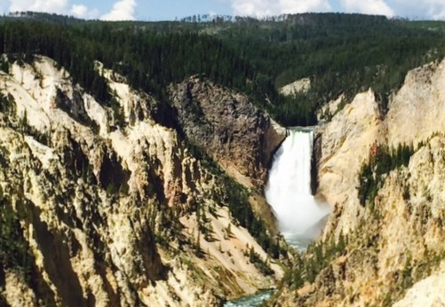 8-Day Yellowstone, Bryce Canyon, Horseshoe Bend, Grand Canyon West Tour from Los Angeles/Las Vegas