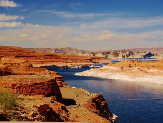 9-Day Grand Canyon South Rim, Horseshoe Bend, Antelope Canyon, Yellowstone Enhanced Tour from Los Angeles