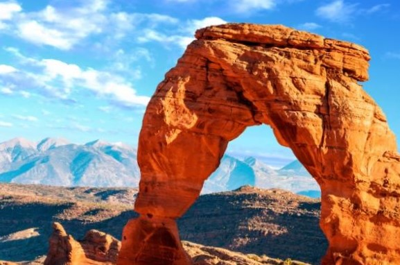 10-Day Yellowstone, Bryce Canyon, Horseshoe Bend, Grand Canyon Tour from Los Angeles/Las Vegas