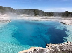12 Day Yellowstone, Yosemite, Grand Canyon, Antelope, Mt Rushmore Tour from San Francisco