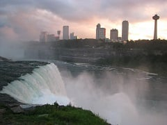 4-Day Niagara Falls, Muskoka Park Vibrant Fall Foliage Tour from Toronto