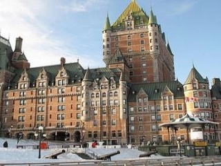 9-Day East Coast and Canada Woodbury Deluxe Tour from New York with Airport Transfer