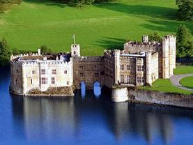 1-Day Leeds Castle, Canterbury Cathedral & Dover Tour from London