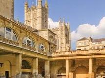 1-Day Windsor Castle, Stonehenge and Bath Tour from London