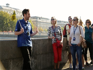 1-Day Louvre Notre Dame and Cruise down