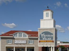 1-Day Woodbury Outlets Black Friday Crazing Shopping Tour from Boston